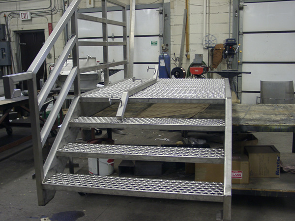 Service Metal Fabrication Toronto : Demtra sheet metal